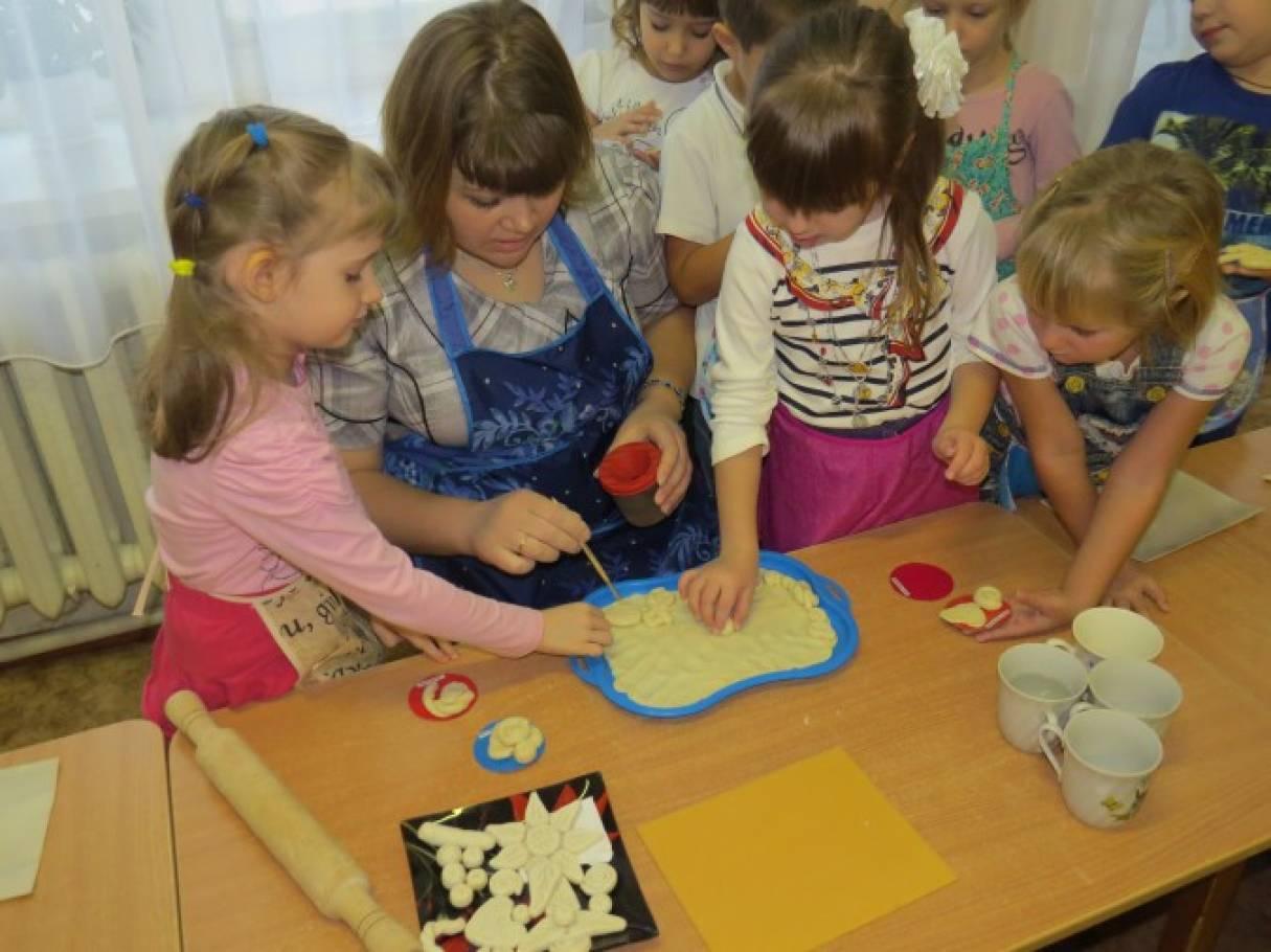 стишок знакомство детский сад