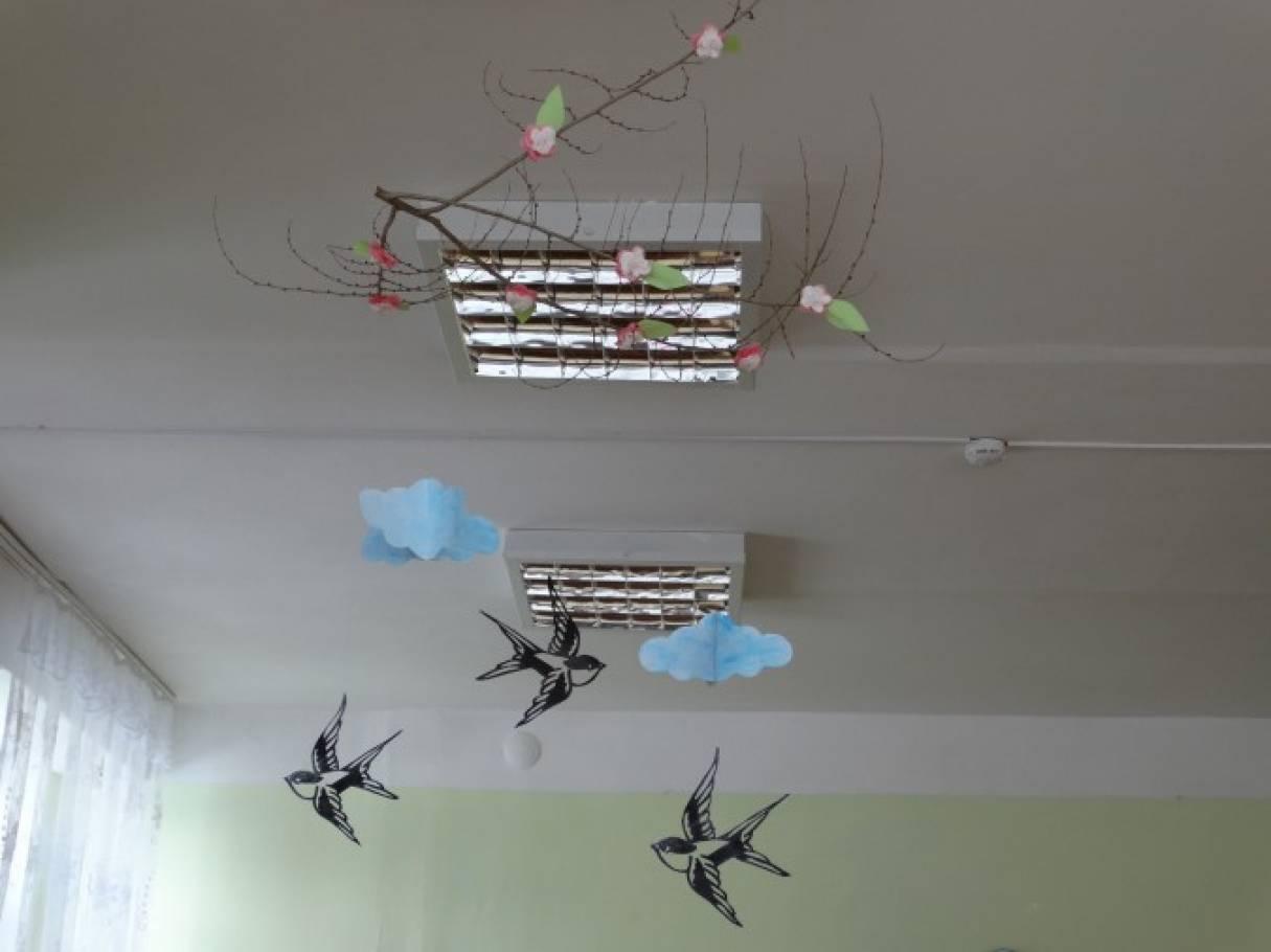 Мобили в детском саду своими руками