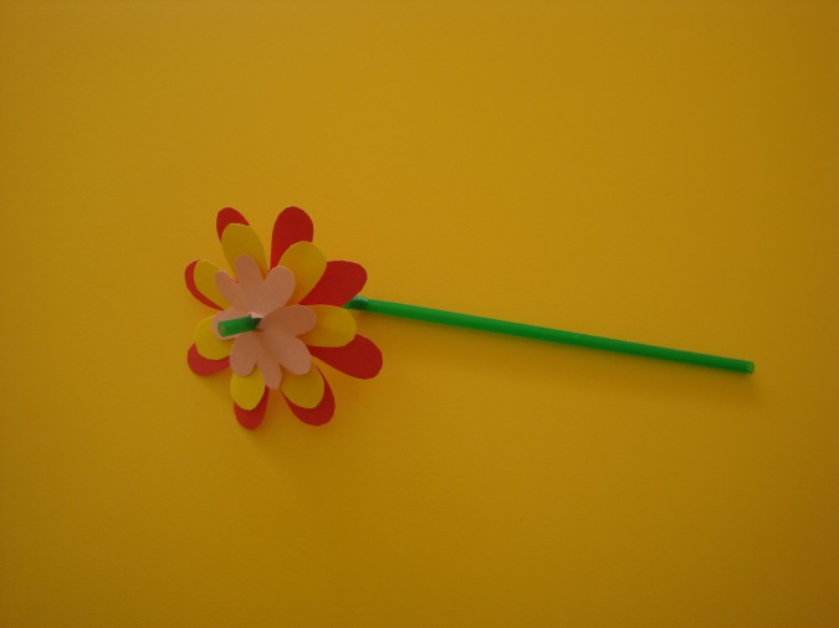 Большой цветок из бумаги пошаговое
