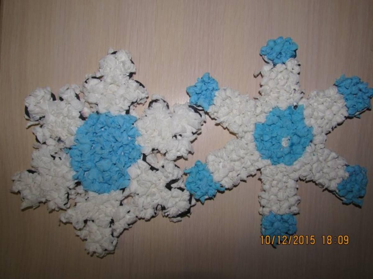 Снежинки своими руками из ватных палочек 75
