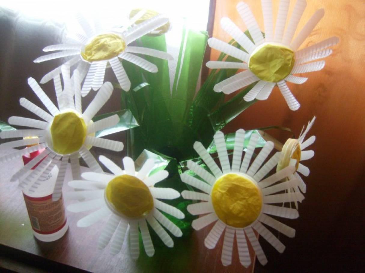 Поделки из пластиковых стаканчиков фото Поделки
