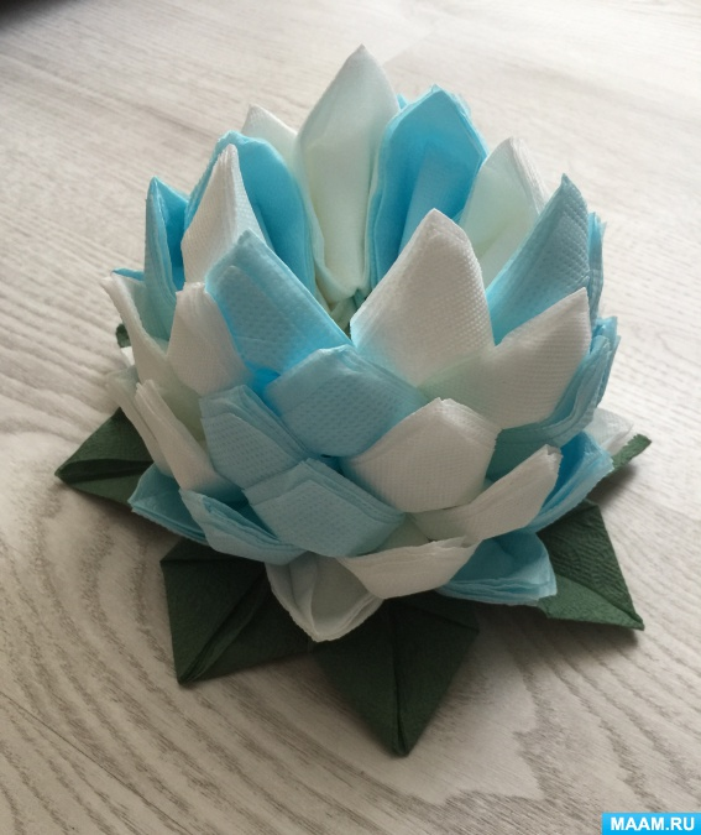 Мастер-класс по модульному оригами из салфеток «Кувшинка»