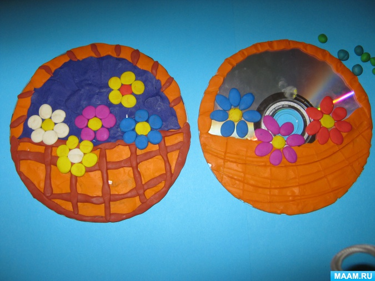 Картинка из пластилина на диске
