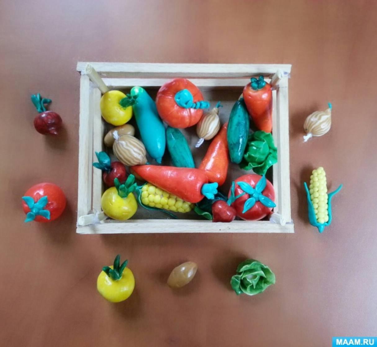 Поделка из полимерной глины «Ящик с овощами»