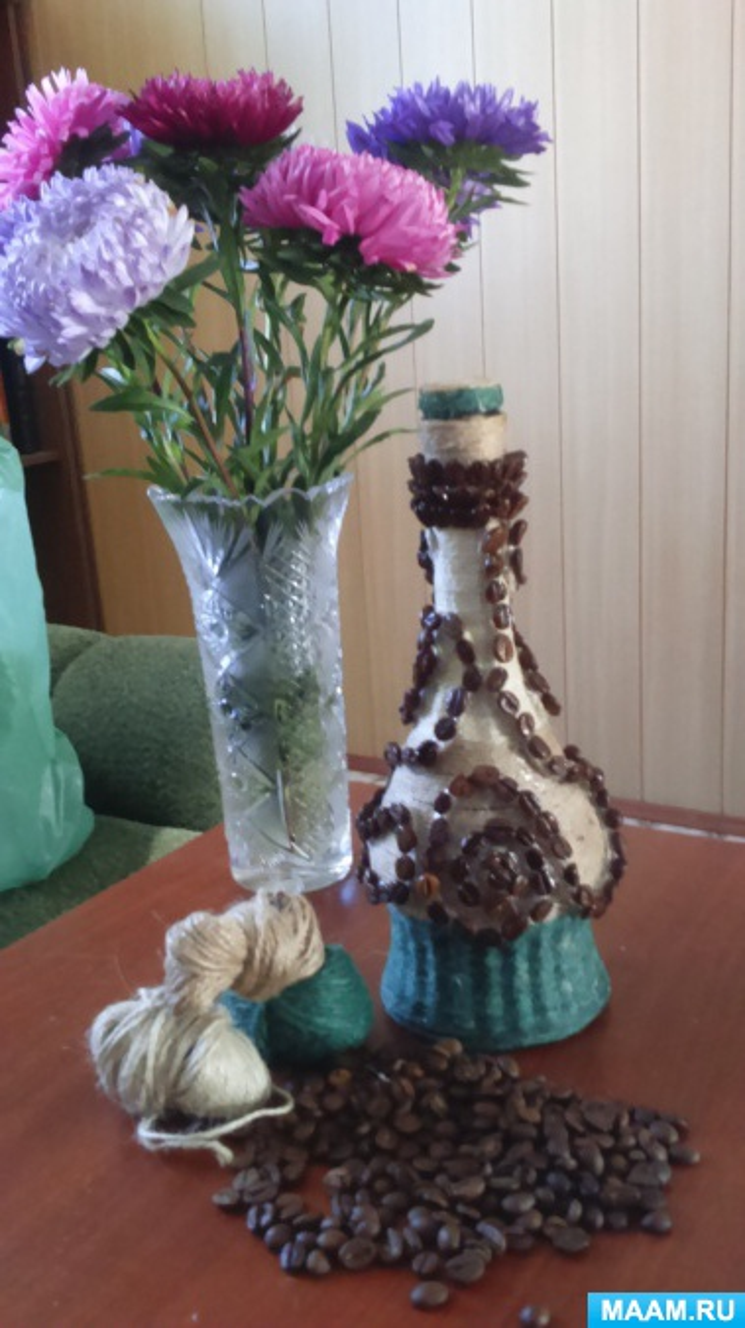 Мастер-класс с пошаговым фото «Декорирование бутылок»