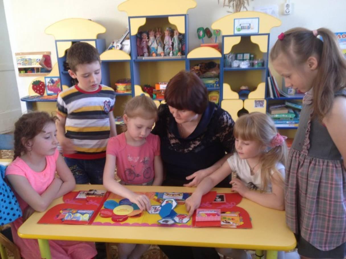хочешь строить фото воспитателей детских садов городца Обучение наращиванию