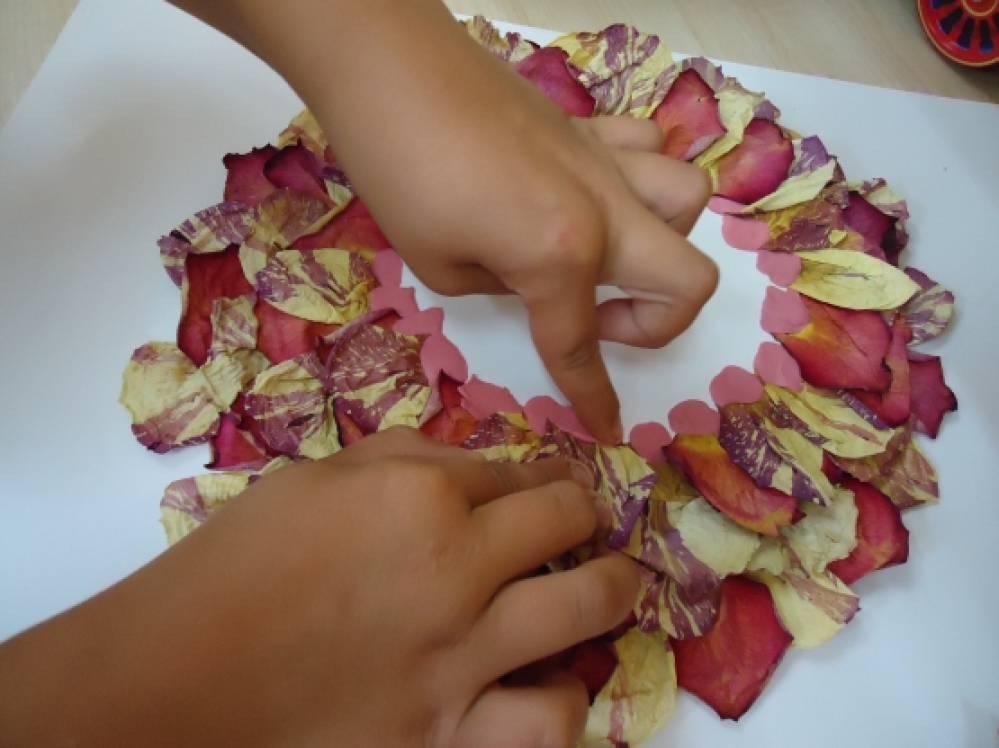Открытка из лепестков роз живых своими руками на день учителя, днем рождения тамаре