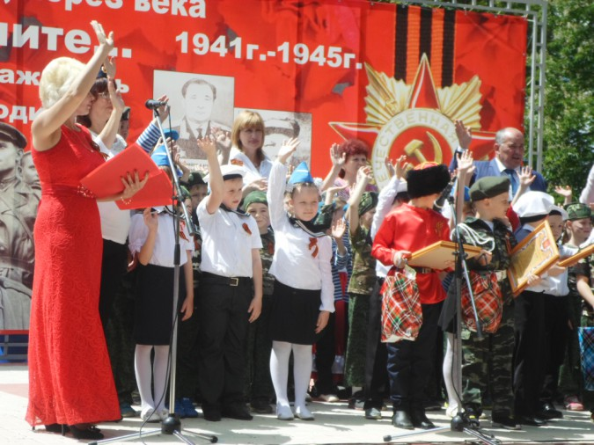 Фотоотчёт о проведении смотра-конкурса строя и песни, посвящённого Дню Победы