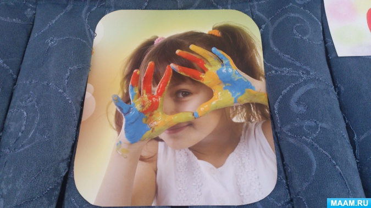 Выставка рисунков «Дошкольное творчество» (нетрадиционное рисование). Фотоотчёт
