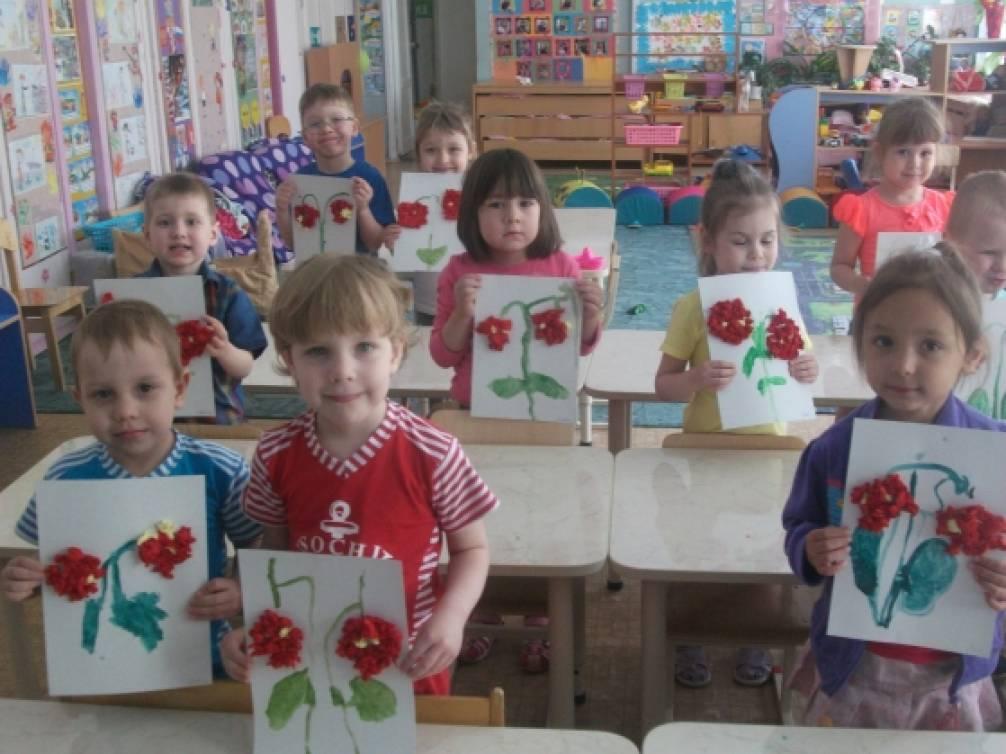 Поделка для детей ягоды 2