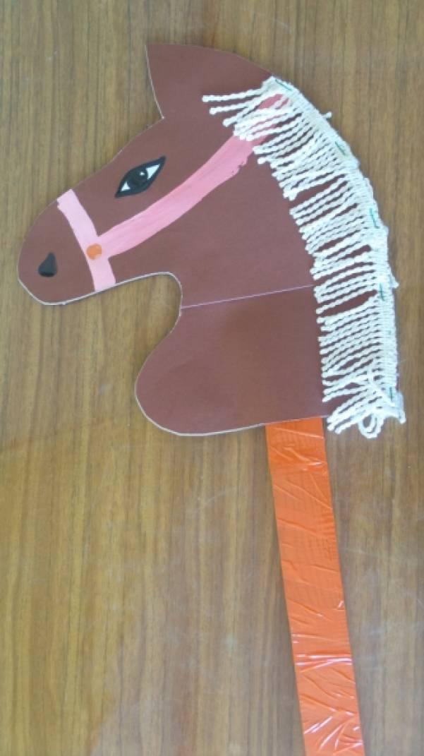 Лошадь на палке своими руками фото 780