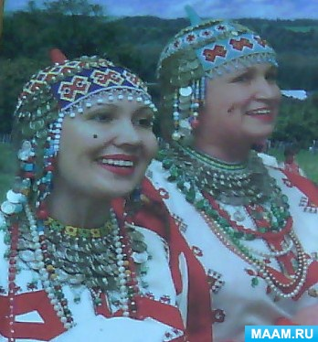 Фотоотчет «Знакомство с чувашской народной одеждой. Тухья»