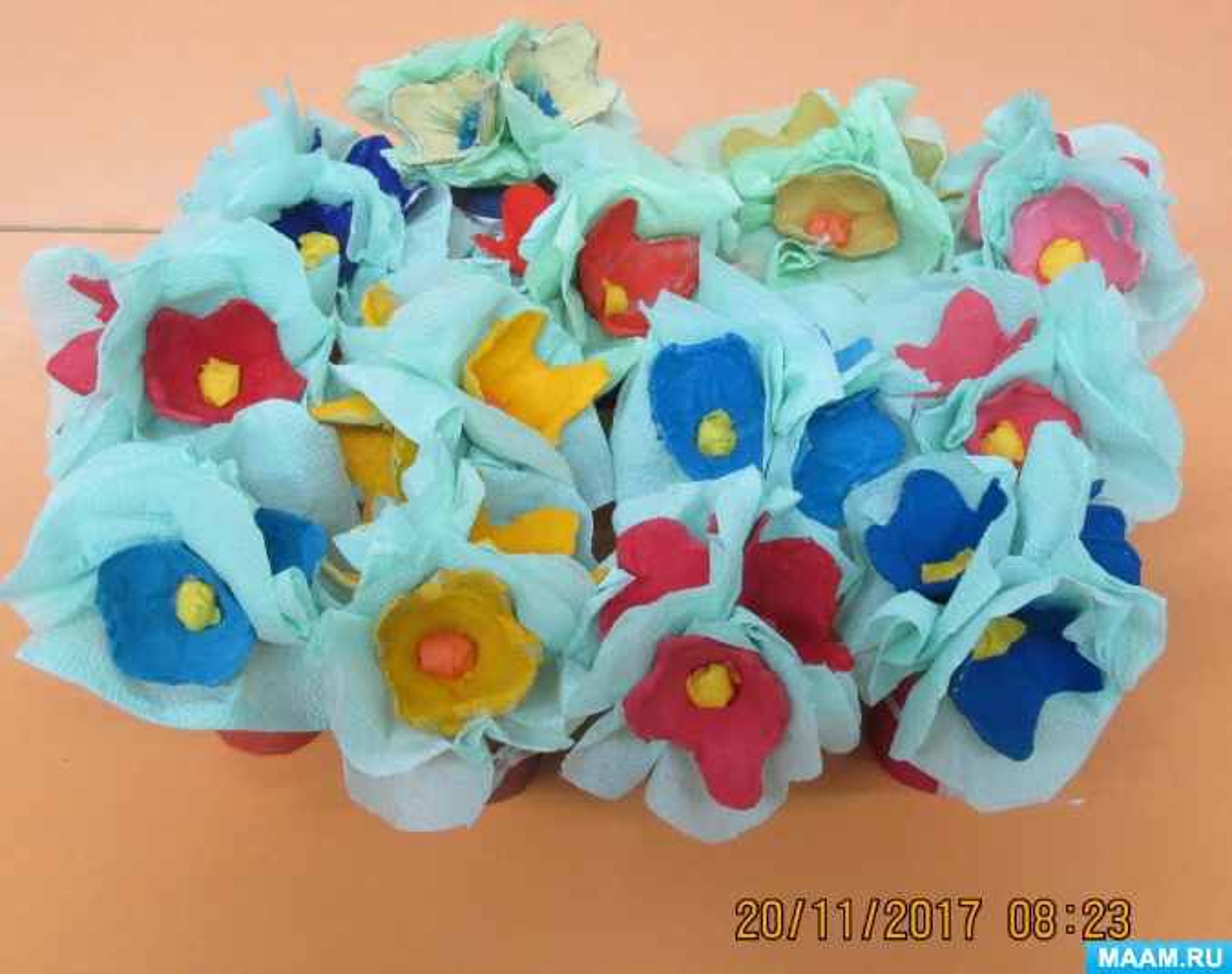 Детский мастер-класс по изготовлению букета цветов ко Дню матери (старшая группа)