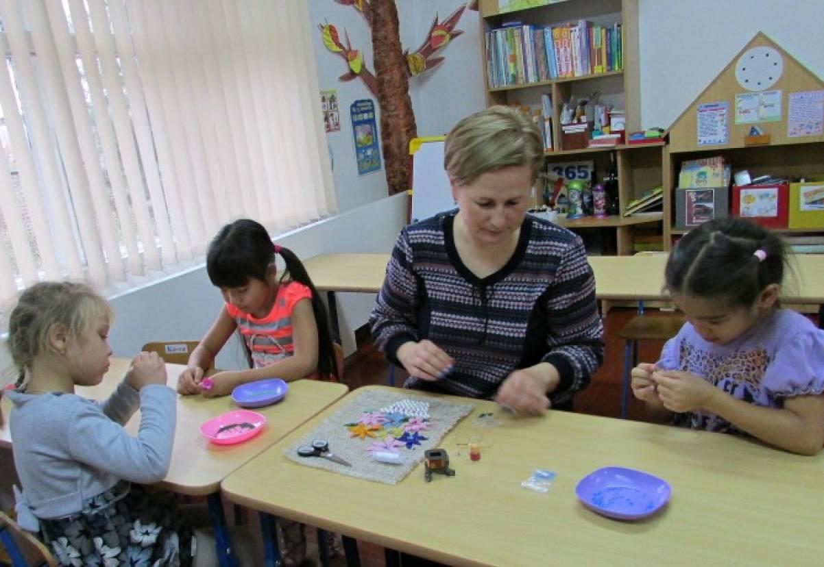 Бисероплетение для дошкольников — это полезное во всех отношениях искусство