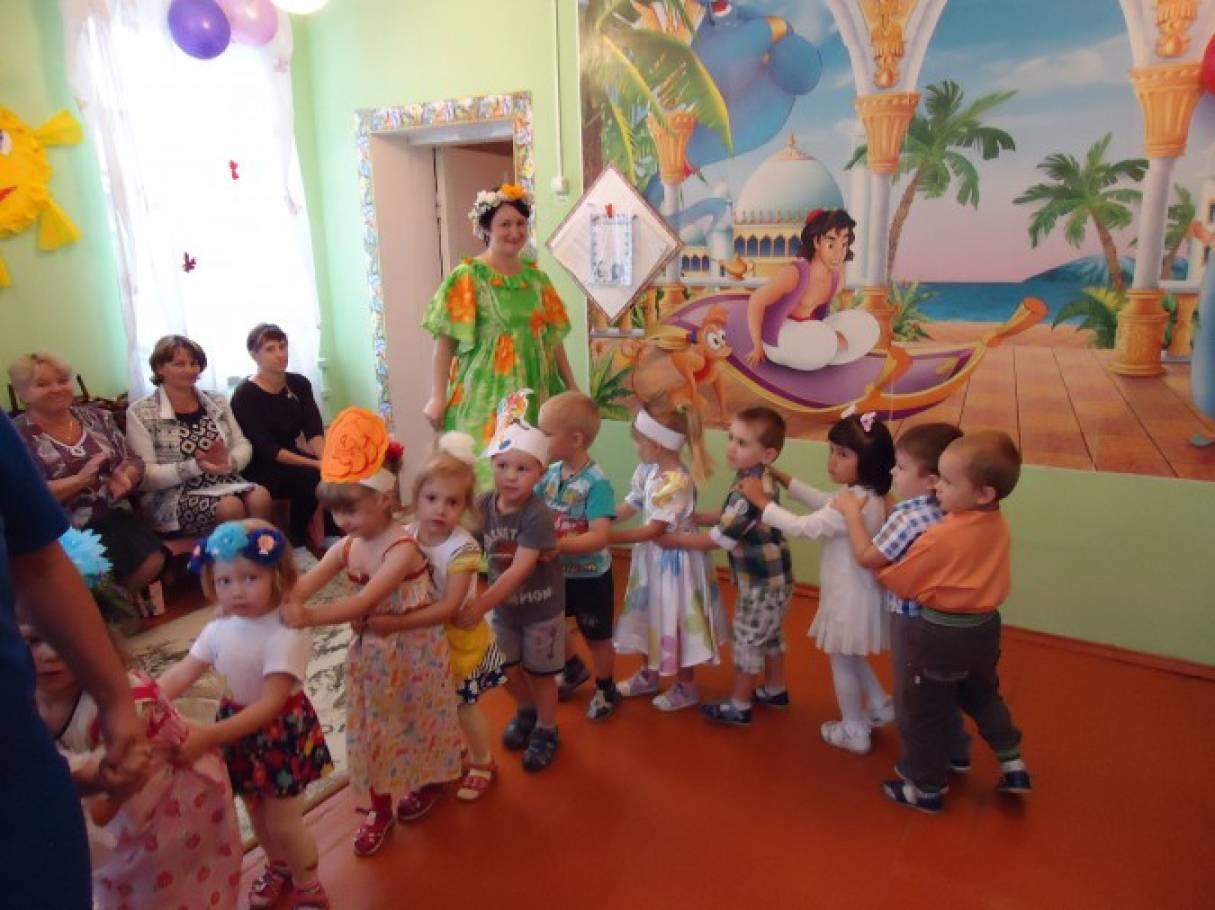 Сценарий летнего праздника в детском саду на улице