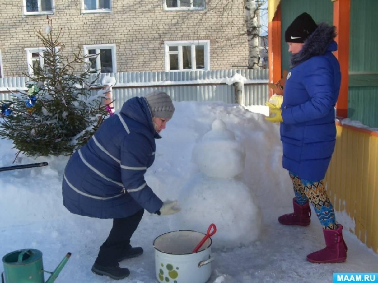 Оформление зимнего участка в ДОУ «Креативный снеговик»