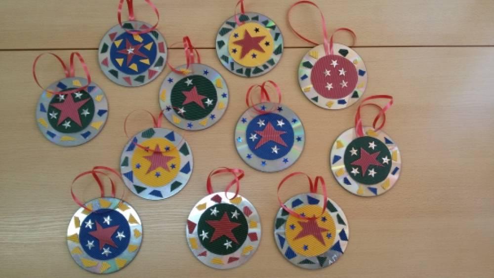 ❶Поделки на 23 февраля из дисков|Сценарий ко дню защитника отечества|63 Best Поделки 23 февраля images in | Crafts for kids, Kid crafts, Preschool||}