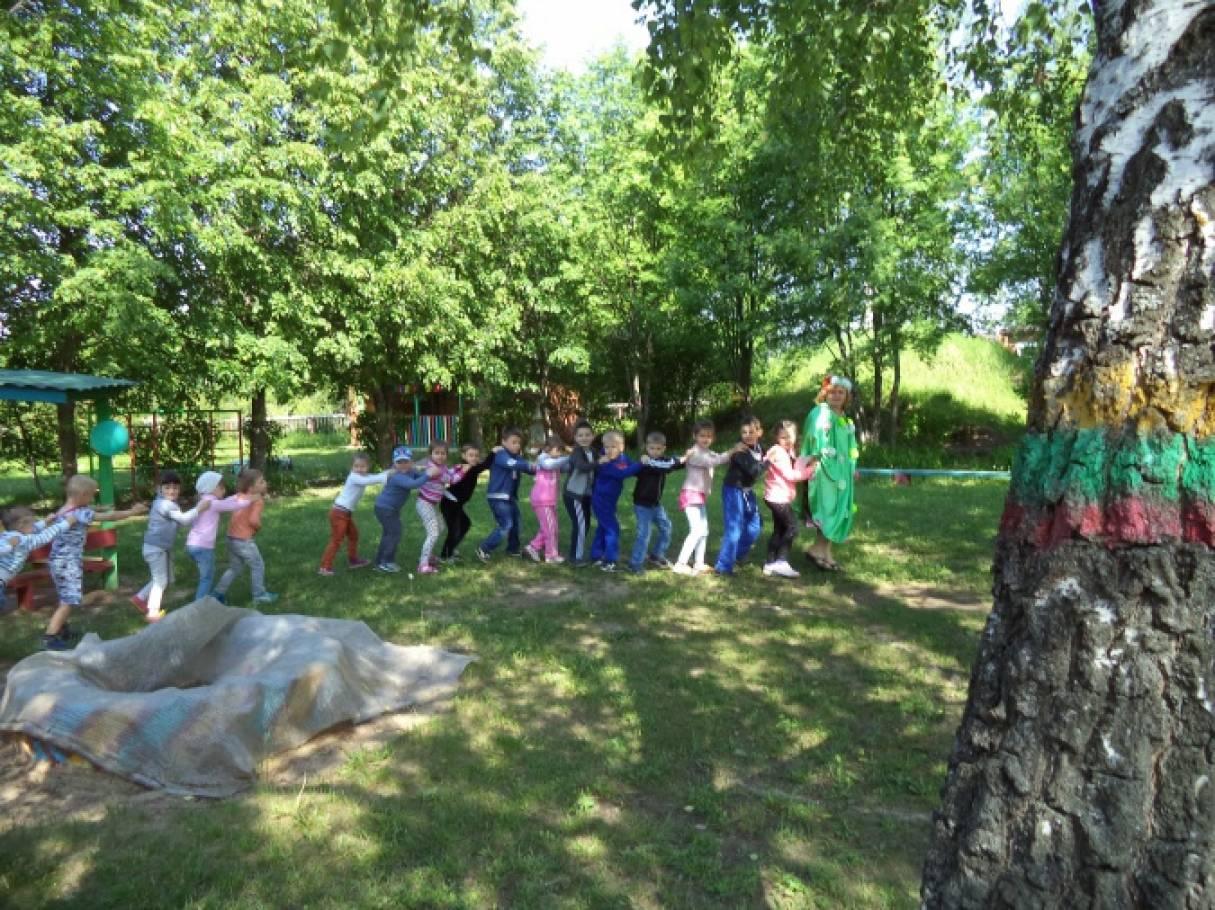 Фотоотчет о празднике в День защиты детей в детском саду «Здравствуй, лето!»