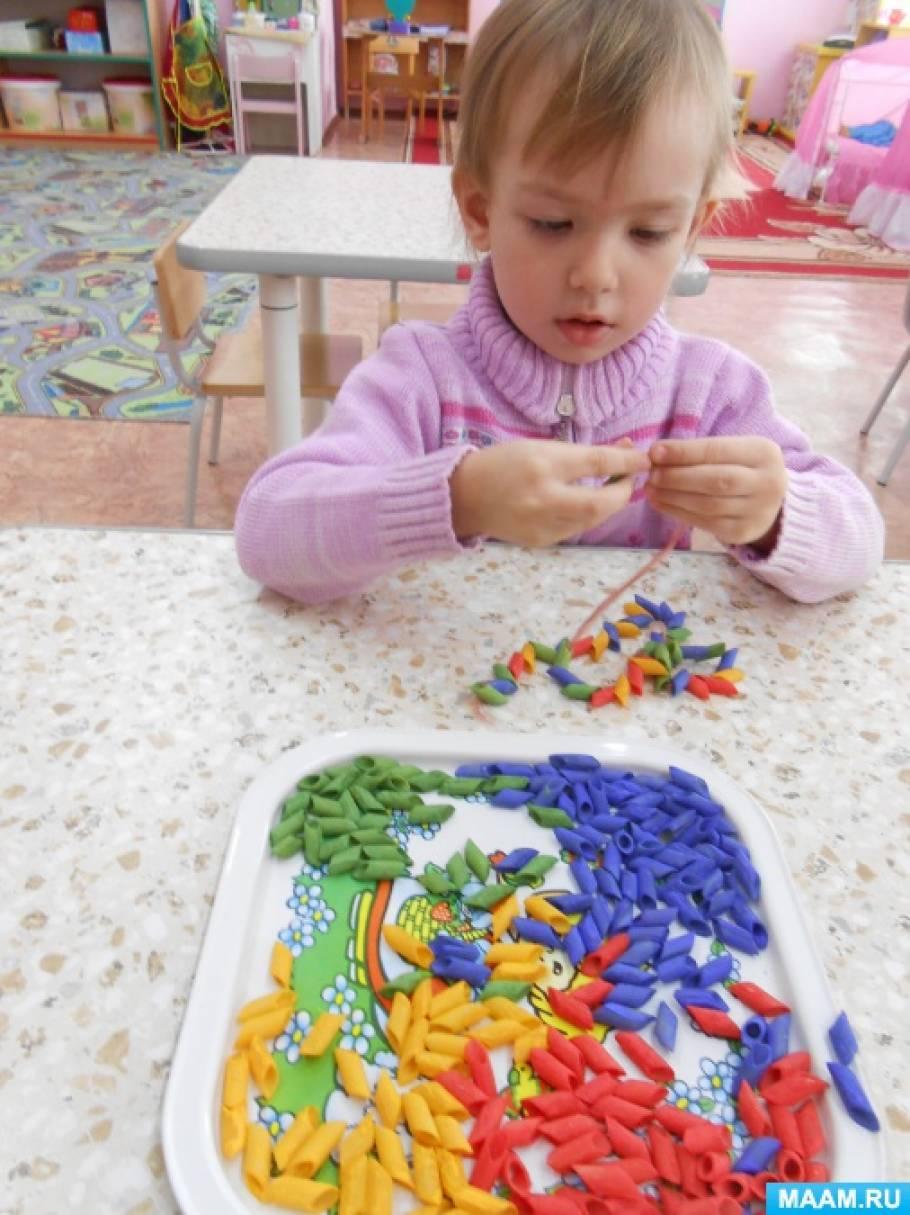 Цветы к 8 марта  в детском саду из ватных дисков 60