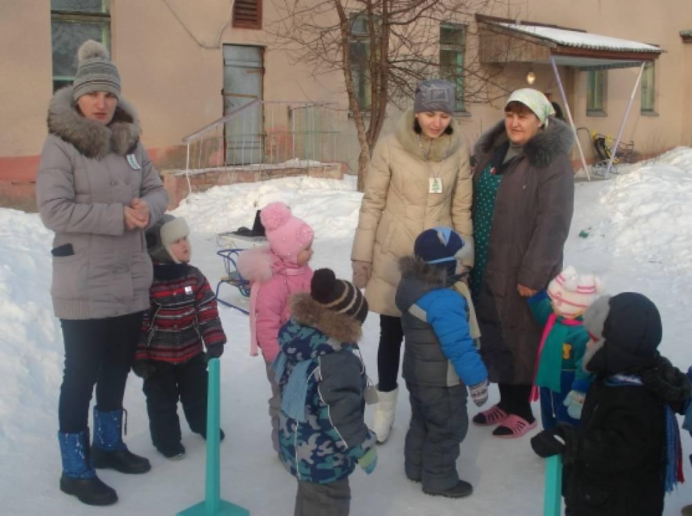 Спортивный праздник с участием родителей «Зимние забавы»