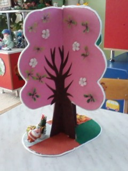 Дерево времен года в детском саду своими руками 64