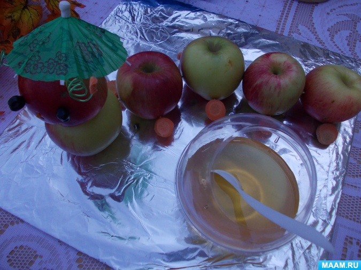 Фотоотчёт о выставке совместного творчества «Яблочный спас»