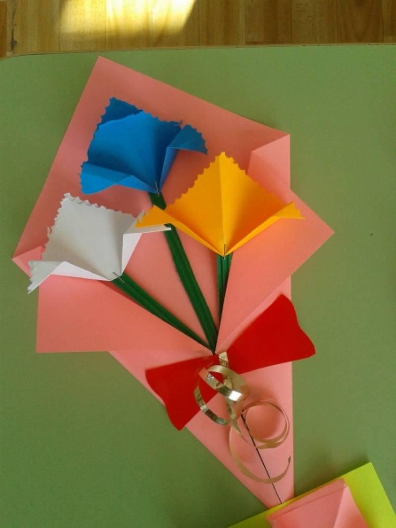 Подарок своими руками из бумаги для мамы