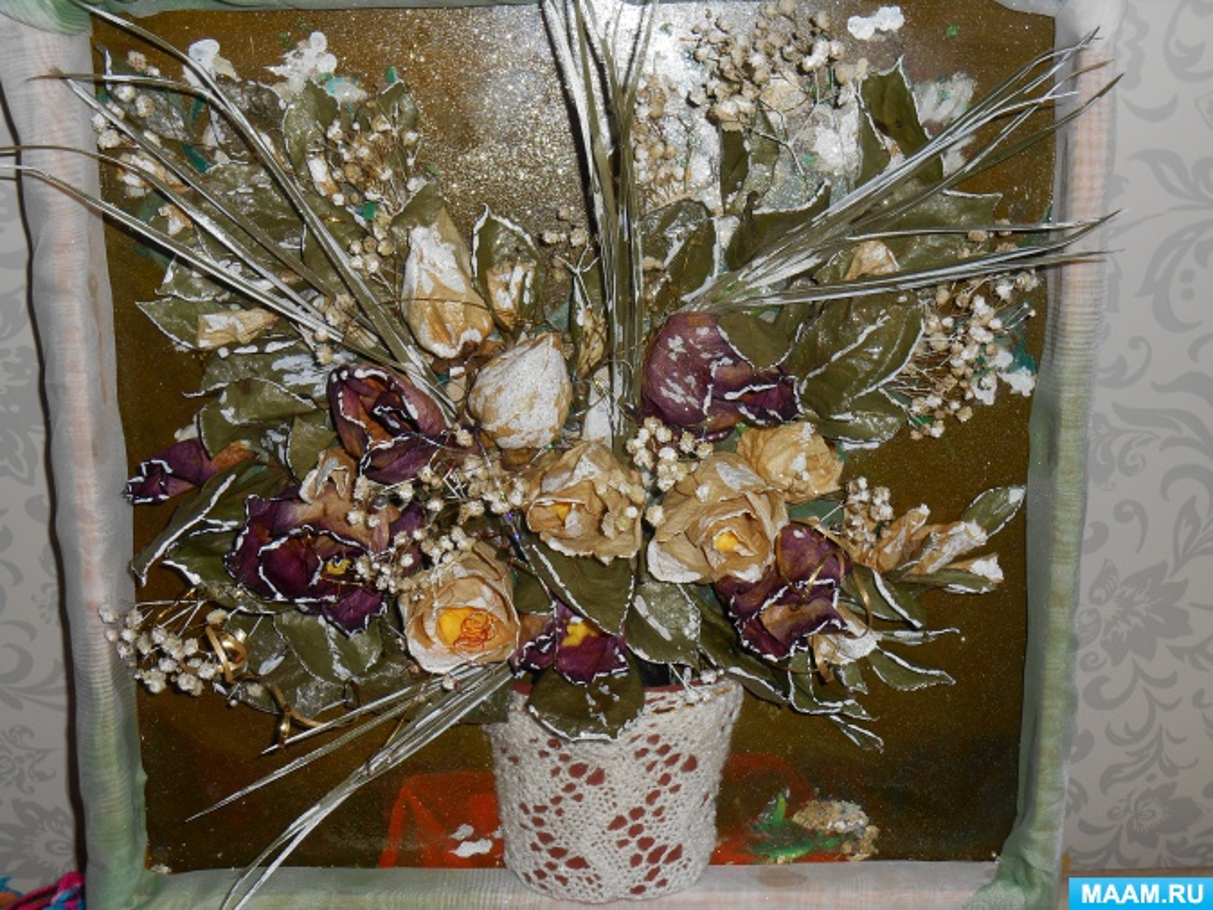 Поделка из цветов сухих 947