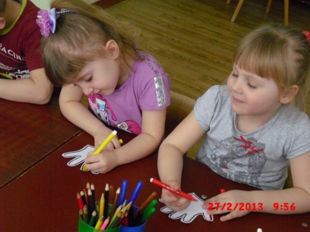 Девочки писиют в рот друг другу фото 765-991