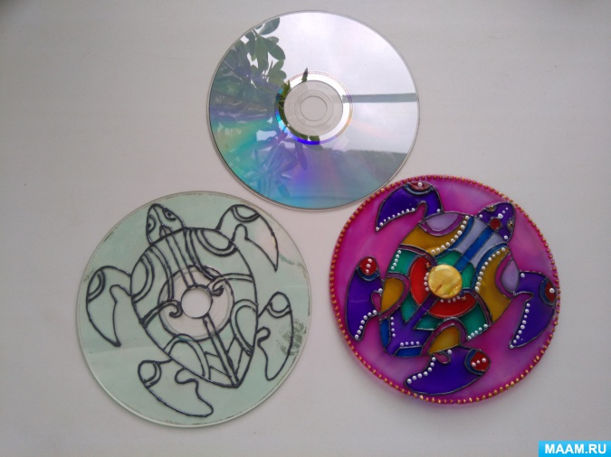 Мастер-класс «Использование CD дисков для витражной росписи»