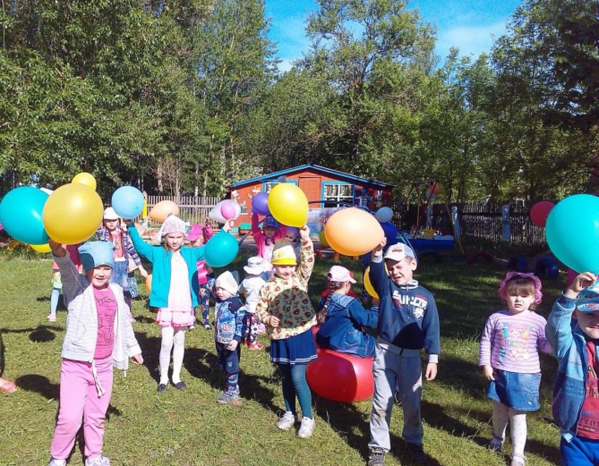 Флэшмоб по-детсадовски, или Утренняя гимнастика в честь Дня защиты детей