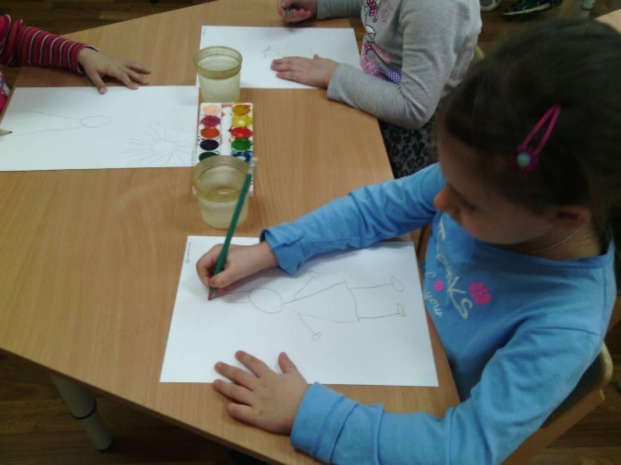 Конспект занятия по рисованию на тему маленькие человечки