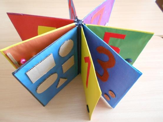 Как сделать книжку из цветной бумаги