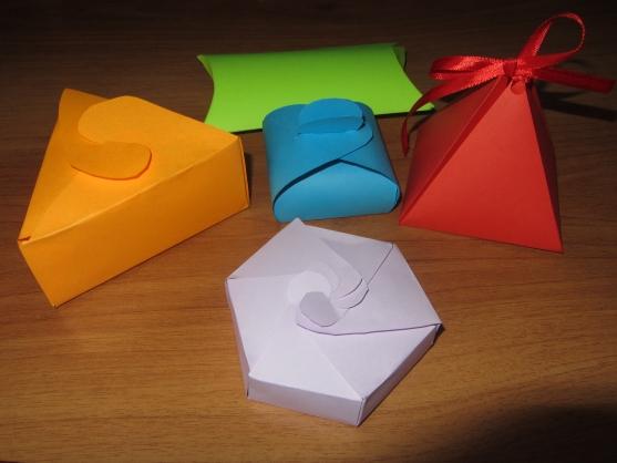 Поделка из бумаги для подарка 29