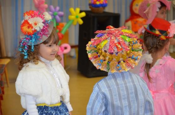 Конкурс шляп в детском саду как сделать своими руками