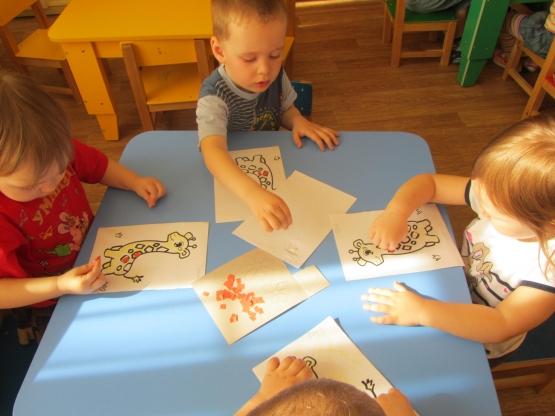 знакомство с художественной литературой в 1 младшей группе