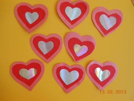 вдруг открытки сердечки в доу предпочитает