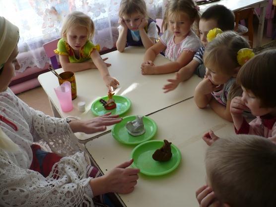 знакомство детей с филимоновской игрушкой средняя группа