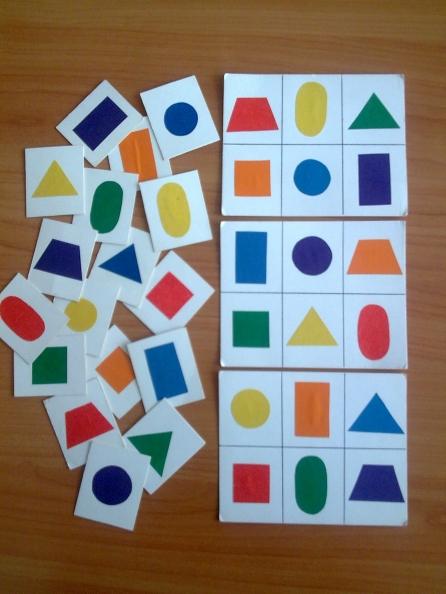 Дидактические игры.  «Вкладыши» на знание геометрических фигур
