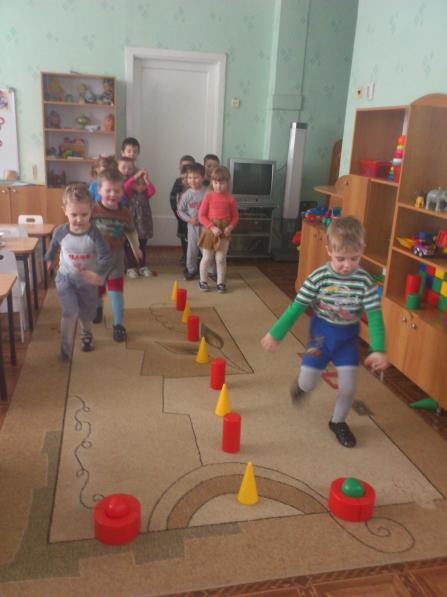 знакомство с видами спорта в детском саду младшая группа