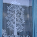 Красивые снежинки на окна своими руками