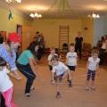 Конспект спортивного развлечения для детей и родителей.