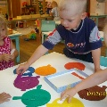 Дидактическая игра «Цветная посуда»