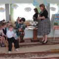 Фоторепортаж занятия в средней группе «Обучение Шапокляк доброте и вежливости»