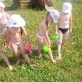 Закаливаемся летом в детском саду
