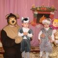 Сценарий новогоднего утренника для 2 младшей группы «Маша и медведь»