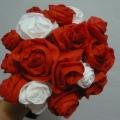 Букет алых роз. МК из салфеток
