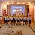 Конспект спортивного развлечения «23 февраля» в средней и младшей группе.