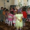 Осенний праздник: «В гости к бабушке», в младшей группе