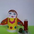 Любимой мамочке подарок к Дню 8 Марта! Детская поделка «Игольница-матрешка»